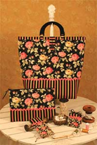 Sewing Purse and Accessories - Retail $9.00